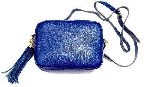 Bandolera de piel en color azul Klein con asa regulable.