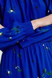 Silja, vestido en donde los detalles cuentan.