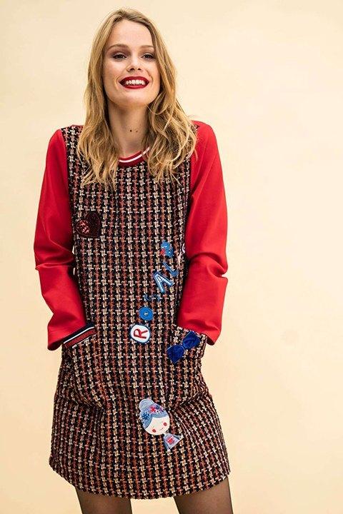 Timberline. Vestido de Rosalita Mc Gee, que combina estampado con liso. Alegre y desenfadado.