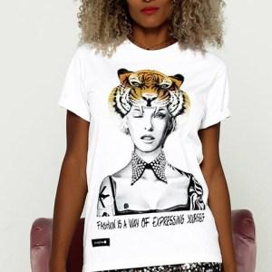 Camiseta unisex Linda Evangelista en blanco