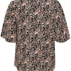 Blusa Saphira vista por la espalda.