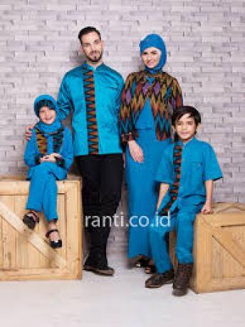 Model Busana Lebaran Keluarga Warna Biru Terbaru