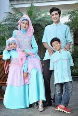 Contoh Baju Muslim Pesta Couple Keluarga 2 Anak Modern