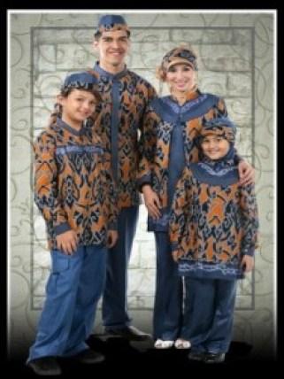 Model Baju Batik Keluarga Plus 2 Anak Pekalongan Terbaru
