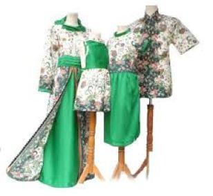 Model baju Batik muslim sarimbit Keluarga Untuk Pesta