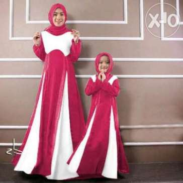 Model baju seragam keluarga ibuk dan anak perempuan