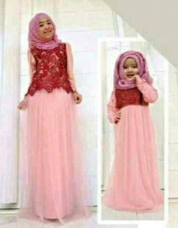 Model Baju muslim Pasangan Ibu dan Anak Perempuan Terbaru