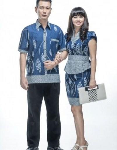 Model Baju Lebaran Couple Warna Biru Terbaru