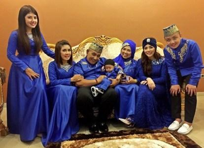 Contoh Baju Seragam Pengantin Malaysia Modern Terkini
