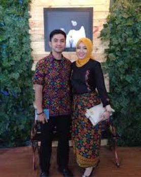 Model Baju Lebaran Couple Modern Terbaru