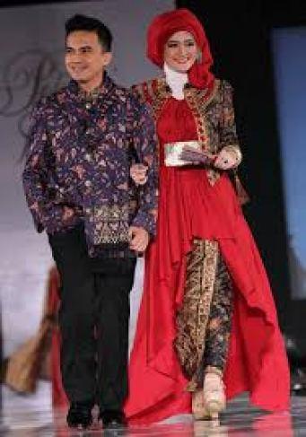 Model Baju Batik Couple Keluarga Artis Modern