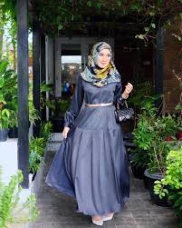 Model Baju Muslim Lebaran Dian Pelangi Terbaru