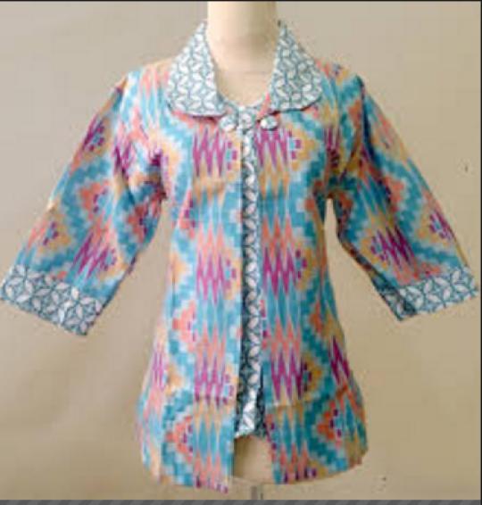 Model Baju Batik Wanita Terbaru Lengan Panjang