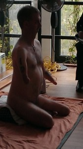 Séance de nudité artistique