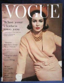 sondra_peterson_vogue_apr_1_61