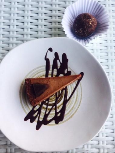 Chocolate Orange Cheesecake + Energy ball