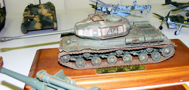 Wayne's IS-2m Berlin buster
