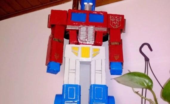 modellino optimus prime artigianale 70 cm