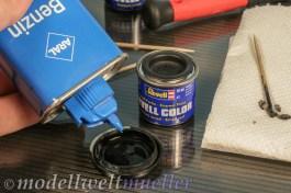 Feuerzeugbenzin ist eine günstige Verdünnung für die Revell Farben.