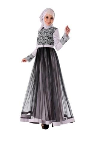 Baju Gamis Brokat untuk Wanita Muda Paling Menawan