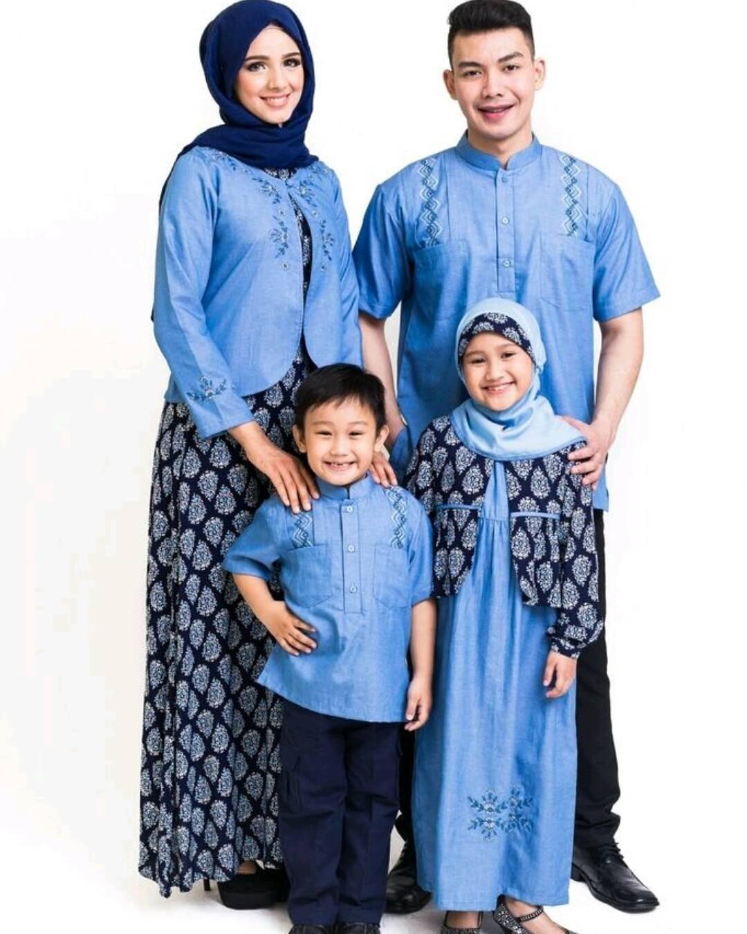 Baju Lebaran Keluarga dengan Batik Sarimbit berdesain Modern