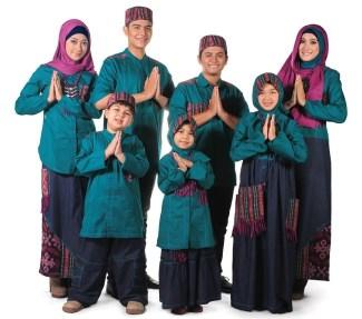 Model Baju Lebaran Keluarga Tahun Ini