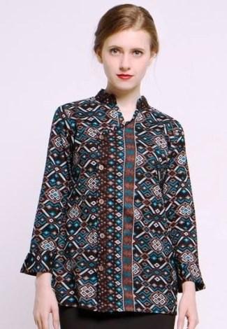 ... Model Baju Batik Atasan untuk Wanita Cocok untuk Bekerja Kantoran ... 9a0dbbfab2