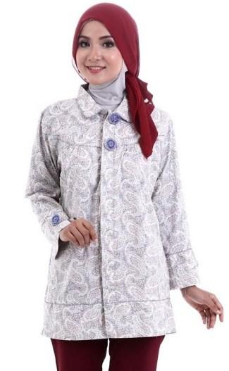 ... Model Baju Batik Kantor untuk Wanita Muslimah yang Masih Muda b2de17c730