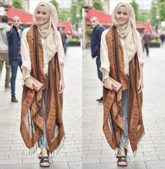 Model Baju Batik Muslimah untuk Pesta Termodis