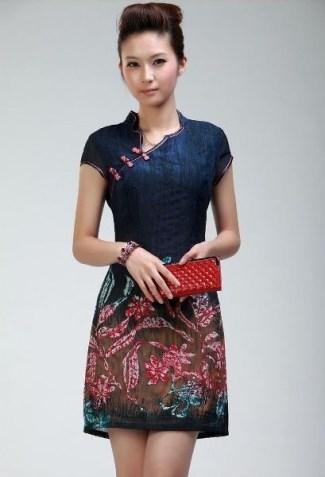 Model Baju Batik Pesta Kombinasi Brokat Paling Modern Saat Ini