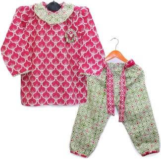 Setelan Baju Batik Anak Perempuan dengan Motif Terbaik