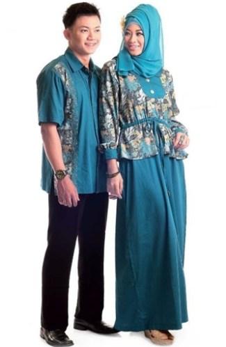 Model Baju Batik Couple untuk Pasangan Muslim Terpopuler