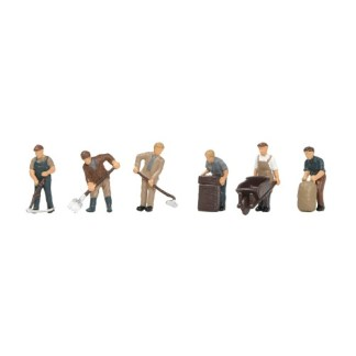 Bachmann 36-413 1940/50's Arable Farming Figures (6 figures OO gauge)