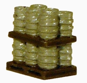Harburn Hamlet FL146 Alloy kegs on pallet- 2 tier full load (OO scale)