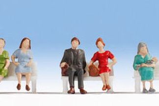 Noch 38131 Hobby Series - Sitting People (6 figures N gauge)