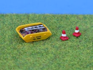 PD Marsh PDX43 Painted Skip & Road Cones (N gauge)