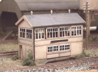 Ratio 223 GWR Wooden Signal Box (inc. interior) (N gauge kit)