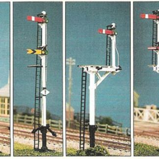 Ratio 476 LMS Round Post Signals (4 Signals inc. Junction/Brackets) (OO gauge plastic kit)
