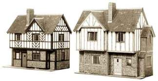 Superquick B28 Elizabethan Cottages (OO gauge card kit)