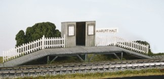 Wills SS27  Station Halt with Waiting Room (OO gauge plastic kit)