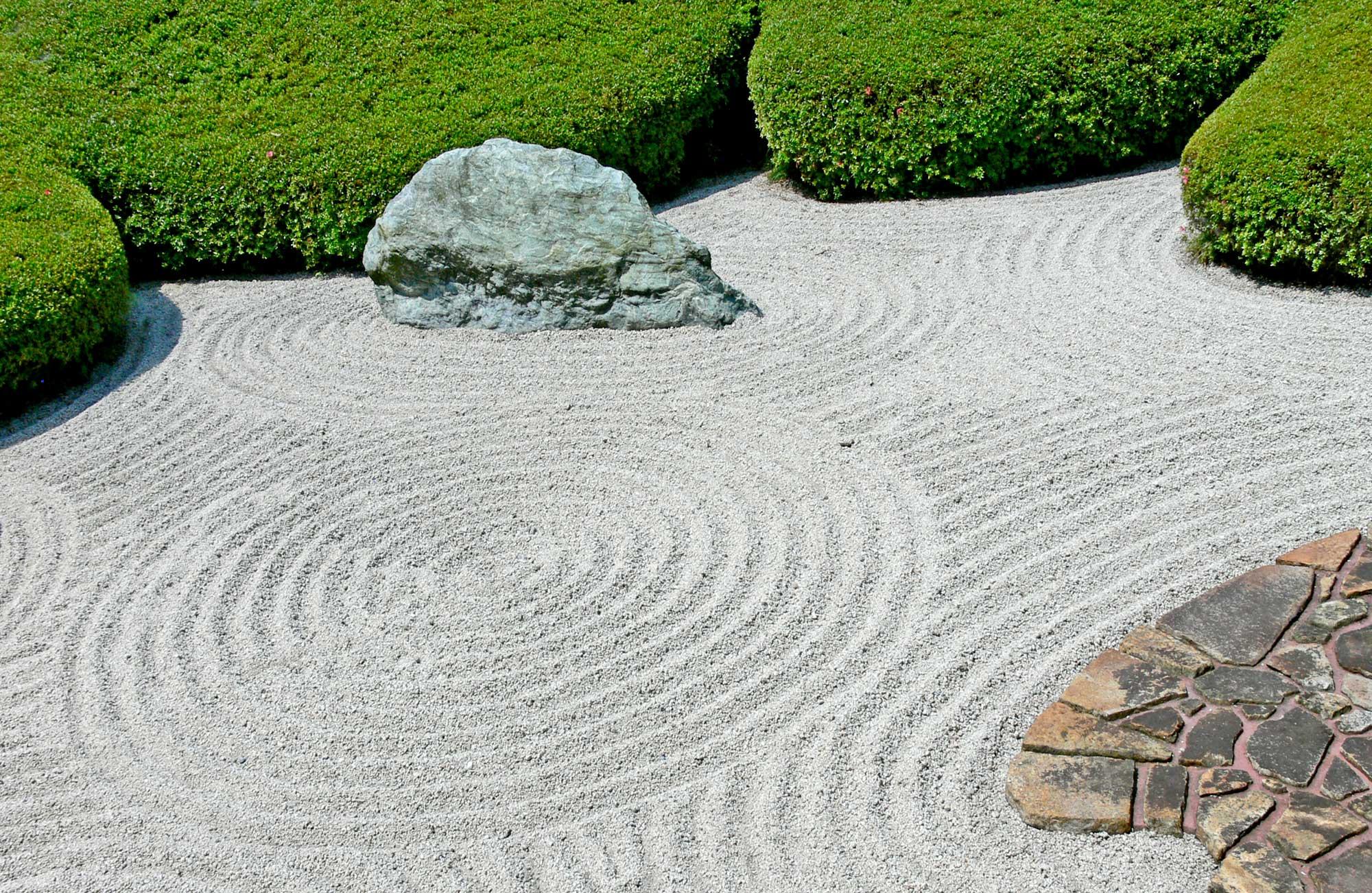 Flower Garden Borders Stone  concrete drivewayhuettl landscape