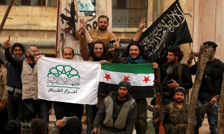 Free Syrian Army, Jabhat al-Nusra, Ahrar al-Sham flags in Syria