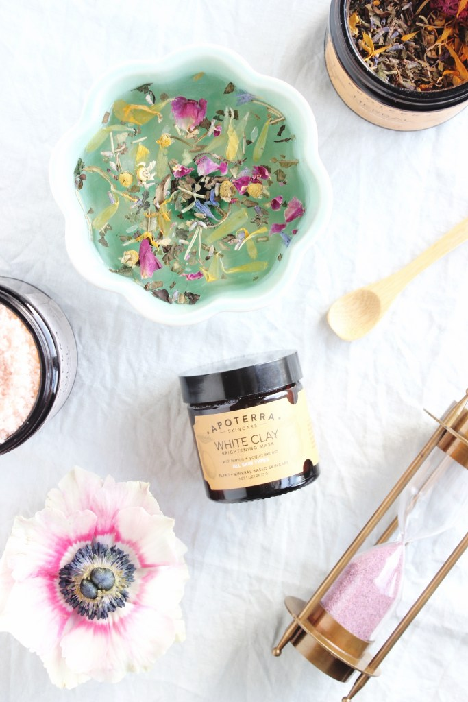 Skincare Photo Styling / Modern Daydream Living