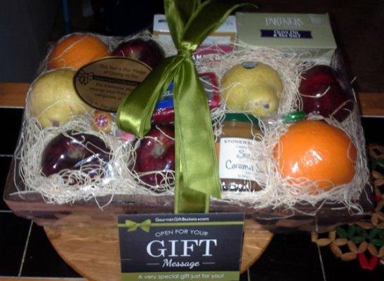 Gourmet Gift Baskets Orchard's Abundance – Fruit Gift Basket Review