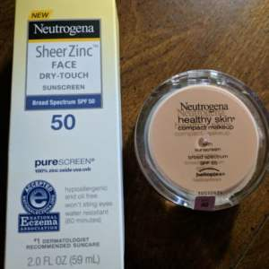 Neutrogena Facial Sun Products: Summer Makeup & Facial Sunscreen #AD #Summer2017