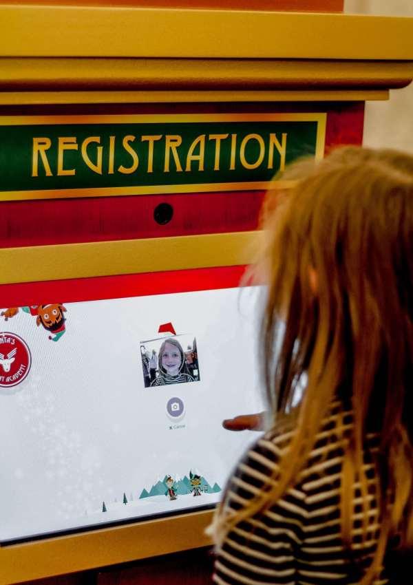 Santa's Flight Academy at Green Hills Mall