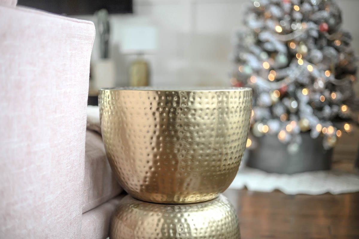 Joybird | Christmas | Holiday | Home | Holiday Home Tour: Stunning Mid-Century Modern Christmas Decor featured by top Nashville life and style blog Modern Day Moguls
