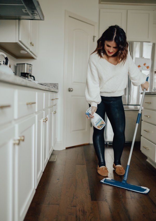 How to Clean your Floors in 15 Minutes each Week