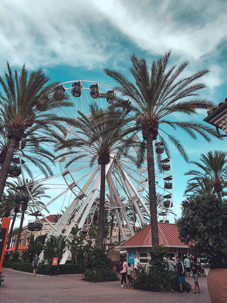 California Vacation Ideas for a Momcation in Orange County by popular Nashville travel blog, Modern Day Moguls: image of a ferris wheel.