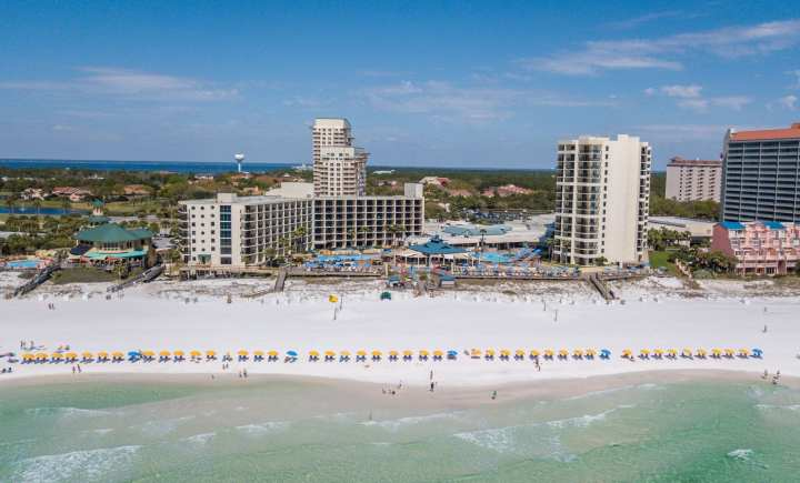 30a Songwriters Festival by popular Nashville life and style blog, Modern Day Moguls: image of Hilton Sandestin Beach Golf Resort and Spa.